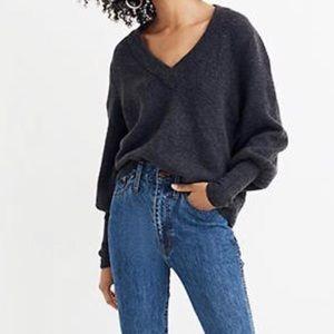 Madewell Dashwood V-Neck Sweater in Coziest Yarn